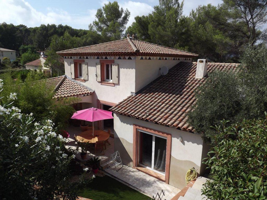 Vente villa t4 a hyeres avec studio independant for Acheter maison porquerolles